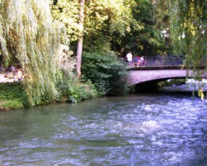 Eisbach passing through the Englischer Garten in Munich
